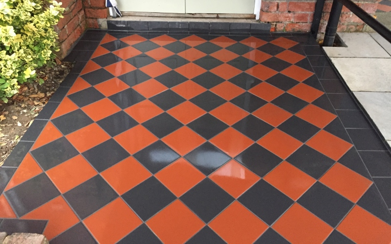 These old design floor tiles are great to work on which you can find around Winchester, I love doing this type of design. 150x150 porcelain tiles are ideal for out side.